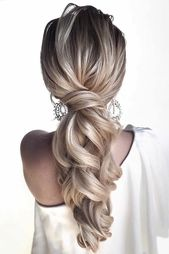 30 Cute And Easy Wedding Hairstyles
