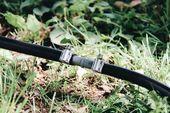 DIY Tropfbewässerungssysteme: So installieren Sie Tropfleitungen in Ihrem Garten – Zuhause für die Ernte   – Education