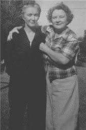 Marilyn Monroe S Mother Gladys Baker With Grace Goddard Marilyn