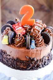 Pastel de chocolate con crema y galletas   – рецепти