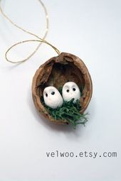 Ornements de bois de hibou ornements de coquille de noyer ornements nature Present Tags ornement de Noel
