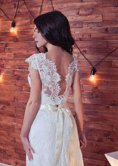 Spetsbröllopsklänning Monika med öppen rygg, vintage bröllopsklänningar, blygsamma bröllopsklänningar