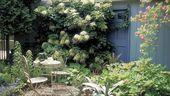 10 Ways to Plant a Beautiful English Garden