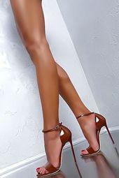 Sandalias de tacón alto Made in Italy. Todas las tendencias que necesitas en tu armario …   – Fotografie