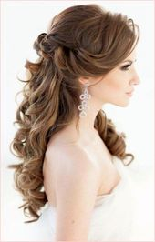 Bridal hairstyle half open or pinned up