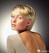 Kurze Frisuren für Frauen mit glattem Haar Überprüfen Sie mehr bei www.bobfri…