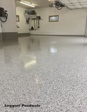 Remodel garage for this floor. Paint the chip bottom. epoxy coated garage #leggarip …   – E… – Epoxy Crafts