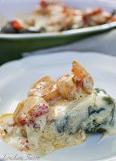 Mit Garnelen und Käse gefüllte Poblano-Paprikaschoten