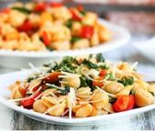 Rauchige Tomate, gebratener roter Pfeffer u. Arugula-Teigwaren   – Italian Pasta Recipes