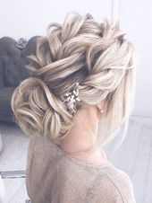 Gorgeous Wedding Day Hair! #weddinghair #bridalstyle #bride #bridehairstyles Bridesmaid and flower girl wedding hair ideas and inspiration