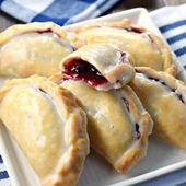 Blueberry Lemon Hand Pies #piefilling #handpies #dessert