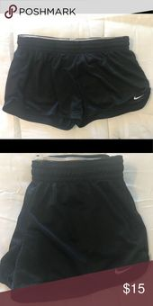 Nike Shorts- Basketball Shorts Material! Schwarze und weiße Nike Shorts Nike …   – Shorts Outfit