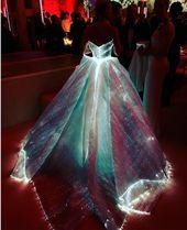 Cooles Silvester Outfit für 2017 mit LED-Lichtern