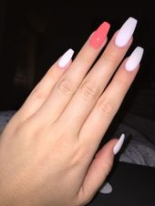 Beach Vacation coffin nails –