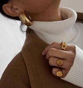 Emerald Stud Earrings – Baguette Cut Genuine Emerald Stud Earrings in 14k Gold set in Prongs – Simple Dainty Emerald Stud Earrings