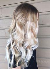 25 langes blondes gewelltes Haar