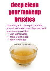 Vinegar Makeup Brush Cleaner to deep clean your br…