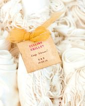 How to Use Wedding Favor Sayings to Personalize Your Wedding Favor Choices
