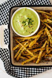 Chirivia y chips de salsa de aguacate   – recetas