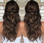 37 wunderschöne, halbhohe Halbdaunenfrisuren für die moderne Braut   – Haar