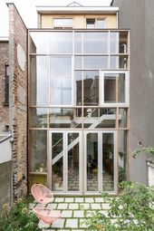The new rear glass facade   – achitektur