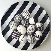 Oeufs de pâques en noir et blanc