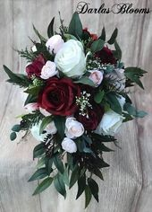 Kaskade Hochzeitsstrauß, Burgunder Brautstrauß, erröten Bouquet, Boho Bouquet, Burgunder & erröten Seide Hochzeitsstrauß, erröten Hochzeitsblumen   – Flowers