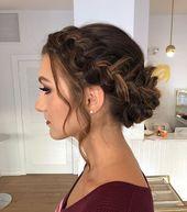 11 hübsche Stile, die Sie von der Haarsträhne befreien