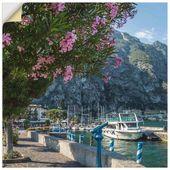 Premium Wandfolie »M. Viola: Gardasee Hafen & Uferpromenade«