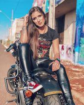 Fick es. Lass uns reiten! #bikergirl #tattsandrides – Schöne frauen – #bikergir…