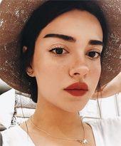 alltägliches minimales Make-up – Elly Kieber Blo…