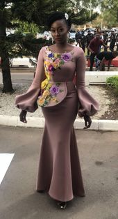*Main Fashion Alert * Cameroonian magnificence pageant turned actress Nora Ndem appears emotional on set the film manufacturing of Yoruba Demon. Nora starrs alongside actors AY Comic, Ramsey Nouah, Jim Iyke on set the a lot awaited manufacturing by AY Comic