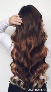 Big Voluminous Curls Hair Tutorial