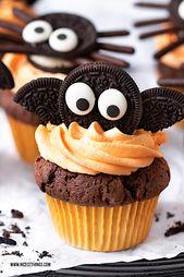 Fledermaus Cupcakes und Spinnen Cupcakes: ein Halloween Rezept für Oreo Cupcakes