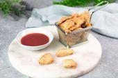 Auberginen-Nuggets mit Parmesanpanade
