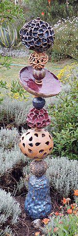 Totems von Nessy Ceramics – Try It – #Ceramics #Nessy #Projec … …   – Keramische Kunst