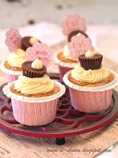 Helena's Kitchen: Reese's Peanut Butter Chips Sponge Cupcakes (Reese's ….
