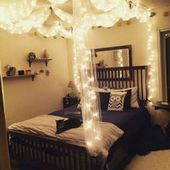 32+ Amazing Canopy Bed Design for Feminine Bedroom #bedroom #bedroomdecor #bedro…   – Bedroom