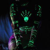 Charmaine Olivia Gold und Glow temporäres Tattoo Pack  von Tattify