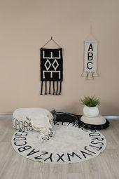 Rundes ABC Natural – Schwarz   – Kinderzimmer: Teppich, Vorhänge und Gardinen