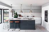 Landhaus-Küchen – schöne Küchen im Landhausstil