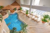 5-story Tokyo spa resort offers various modes of relaxation, stays open overnight