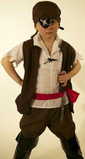 Jungen Piratenkostüm handgemacht in #diypiratecostumeforkids Happy Halloween Matey!   – beautysecrets