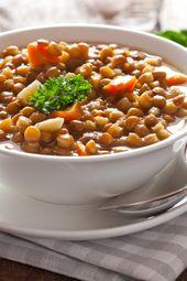 Lentilhas que contêm proteínas e vegetais saudáveis: Com esta sopa de lentilha você …   – Low carb rezepte