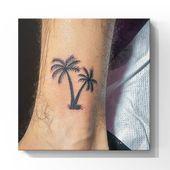 Kokospalmen sind das perfekte Tattoo für Bali. Info in bio! . . #smalltat …