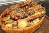 Cabrito al horno con patatas, una receta muy facil. este cabrito asado es una re …  – Barbacoa y horno