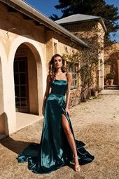 A & N Bianca – Blaugrünes Satinkleid mit Schlitz vorne und Schnürung hinten – A & N Luxe Label