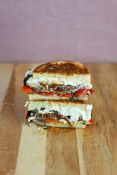 Gebratener roter Pfeffer, Portobello u. Ziegenkäse gegrillter Käse