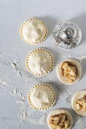 Mini Caramel Apple Pies – Raum für Dienstag Rezept   – Cooking for Lane