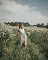 Feminine Outfit For A Meadow Walk